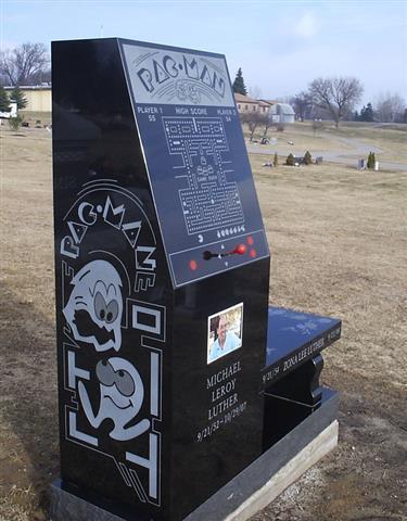 Pacman Custom Monument